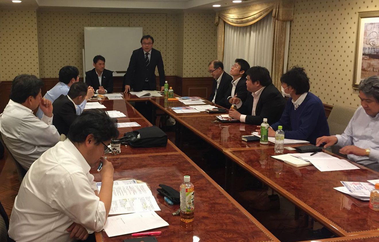 大川部会長の挨拶写真